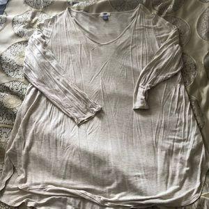 Old Navy long sleeve beige T-shirt